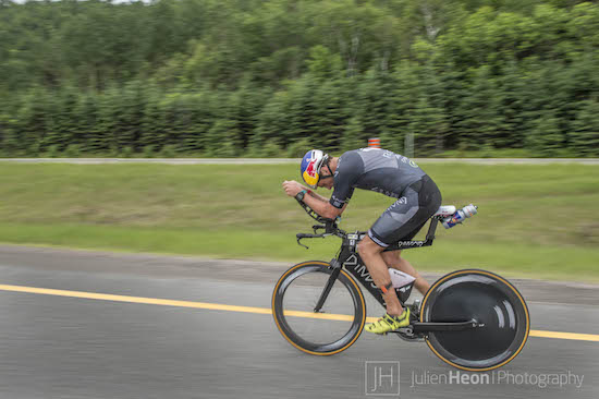 Is my tire flat, or what! The Dimond bike was nonetheless fast again. Pic Julien Heon.